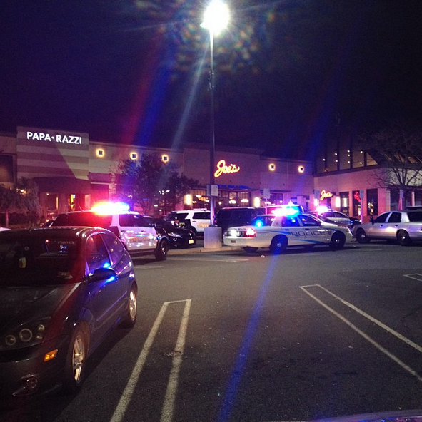 Shooting At Garden State Plaza Mall In Paramas Nj 5 45am Est Breaking911
