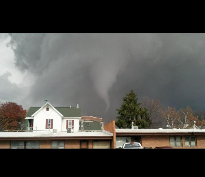 MASSIVE PHOTO GALLERY Intense Tornadoes Devastate Midwest